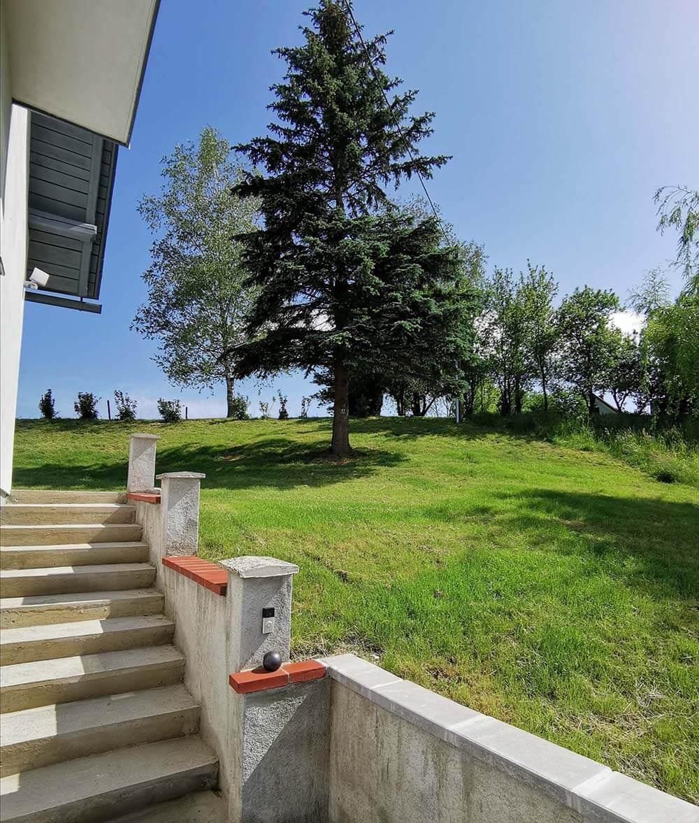 Stiegenaufgang-Treissmann-Ferienhaus